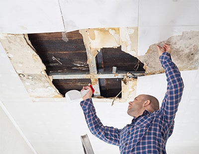 Asbestos Danger: reminder of landlords' responsibilities